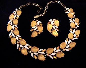 Vintage LISNER Glowing Amber Jelly Lucite Leaves Necklace Earrings Set