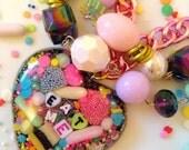 Kawaii Jewelry - Pastel Jewelry - Candy Necklace - Candy Jewelry - Food Jewelry - Eat Me Jewelry Conversation Heart - Kitsch Jewelry