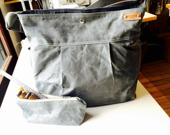 Waxed canvas pouch - waxed canvas bag, gray travel pouch, zipper pouch, christmas gift pouch
