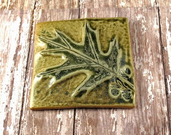 "Decorative Pottery Tile - Botanical Tile - Oak Leaf - 4"" x 4"" - 868"
