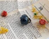 Black Terrarium Paradise Rose Ring