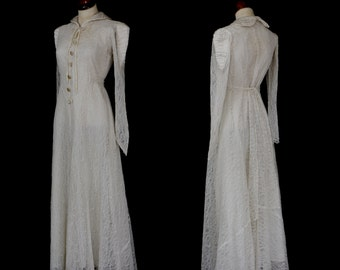 Original Vintage 1930s 1940s Chantilly Lace Wedding Dress - Small - FREE SHIPPING WORLDWIDE