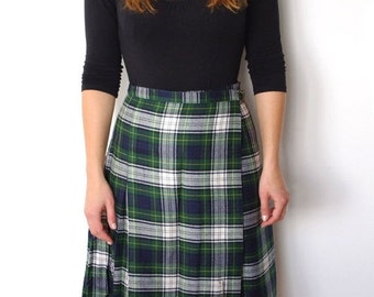 SUMMER SALE French vintage scottish tartan plaid checked pleated kilt skirt -small S
