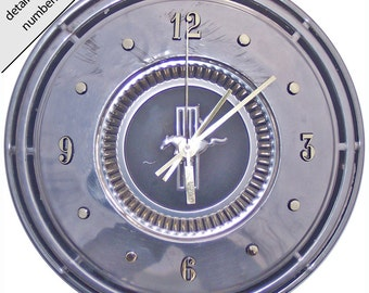 Ford Mustang Hubcap Clock with numbering (retro wall clock)