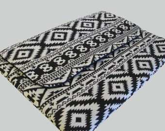Laptop Sleeve, Tablet Case, Laptop Cover, Tablet Sleeve, Laptop Case, Tablet Cover, up to 13 Inch - Black Aztec