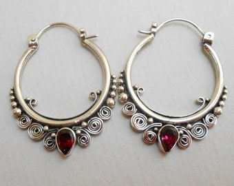 Balinese Hoop Sterling Silver garnet gemstones Earrings / 1.35 inch long / silver 925 / Bali handmade jewelry / (#220m)