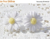 ON SALE CIJ Spring Time White Daisy Clip On Earrings
