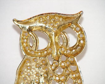 Torino Gold Tone Owl Earring Holder from the 1970s