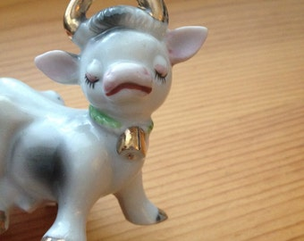 adorable ceramic cow salt pepper shaker vintage japan
