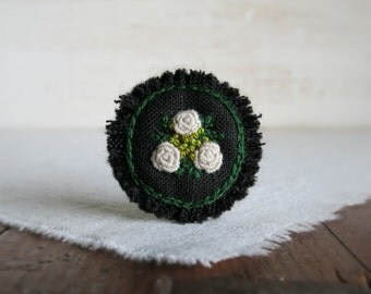 White Roses Hand Embroidered Brooch - White and Green Rose Bouquet on Black Linen