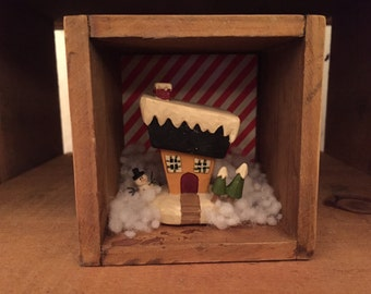 Cute Tiny Christmas Shadow Box Diorama