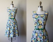 Vintage 1940s Dress - 40s Dress - Novelty Print Bows Yellow Roses Cotton Sundress M - Vast and Close Dress