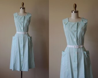 50s Dress - Vintage 1950s Dress - Mint Green Striped Cotton Bombshell Sundress w Pockets L - Ice Cream Parlor Dress