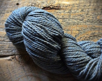 Peace Fleece, worsted weight knitting wool yarn, dusty blue, Indigo Smoke, Niagra