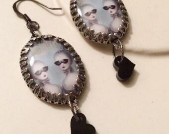 Freakshow Jewelry Siamese Twins Steampunk Freaks Dangle Earrings Sideshow Twins Masquerade Masks Black Heart Drops