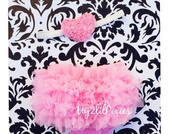 Baby BLOOMER and Baby Girl HEADBAND set. Ruffle Bum Baby BLOOMER Set, Valentine Set , Pink heart headband, Newborn bloomer ,Photo Prop