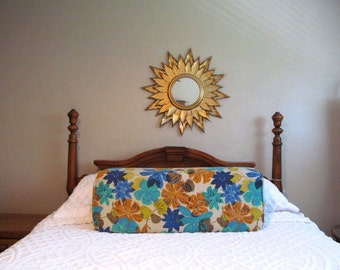 vintage 1970s Big Florals Wedge Bolster Pillow, Daybed Back Pillow, Mod Bright Flowers,1970s