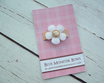 ONE DOLLAR CLIP White Flower with Tan Gingham Glitter Center Baby Snap Clip No Slip