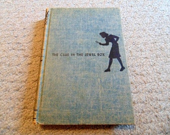 Nancy Drew The Clue in the Jewel Box by Carolyn Keene 1943 edition New York Grosset& Dunlap Publishers Illustrated by Russel R Handy Mystery