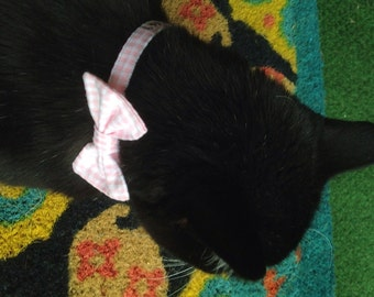 Seersucker Break Away Bowtie Collar For Cats