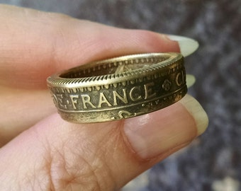 Coin Ring - 1922 France 2 Franc Coin Ring - Size: 9 1/4