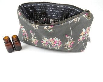 Classic Essential Oil Case - Cherie - 14 bottles - cosmetic bag zipper pouch essential oil bag project