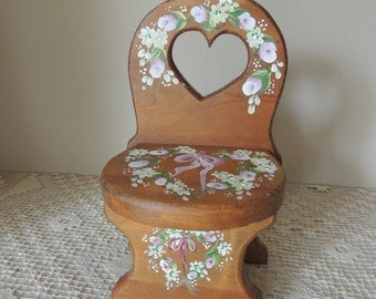 Small Hand Painted Pine Wood Doll Chair. Wood Floral Painted Display Chair.  Hand Painted Flowers on Knotty Pine Chair. Doll Collector