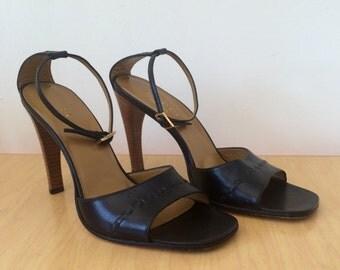 Authentic Gucci Open Toe Heels Sz 8
