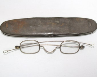 Antique Optical 1850s Eyeglasses Frames With Case // Rare Victorian Glasses // 19th Century // RH2203