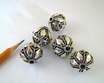Bali-style Beads - Five (5)  - 21 mm