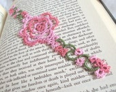 English Rose Bookmark in Tatting Lace , Pink Summer Wedding Favour - Rosa Version 1