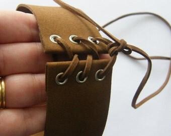 1 Velvet adjustable brown choker necklace
