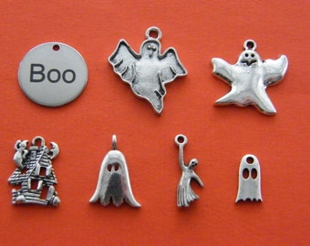 The Boo collection - 7 Different antique silver tone charms