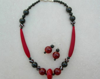FESTIVE Murano Venetian Blown Glass Beads, Lampwork Glass Beads, Marsala & Black, Necklace Set by SandraDesigns