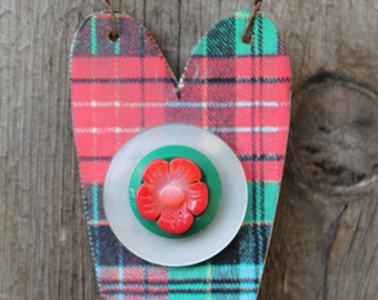 plaid heart with buttons Christmas ornament made from cookie tin