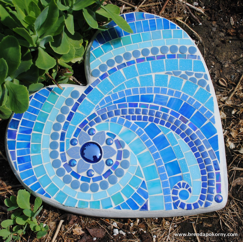Mosaic Garden Stones: Ionian Sea Mosaic Heart Shaped Stepping Stone MOO5097