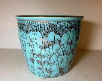 Turquoise Flower Pot, made in Holland, Gold Trim, Roots Pattern