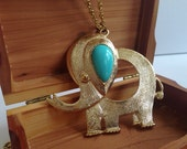 Vintage Gold Tone Elephant Pendant Necklace  w Faux Turquois Cabochon - vintage statement necklace twiggy eames era 1960s Necklace