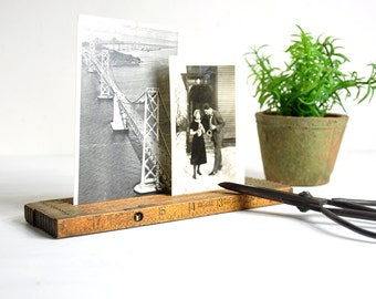 Vintage Folding Ruler Picture Holder / Photo Holder Wood Tape Measure / Industrial Decor Photo Display