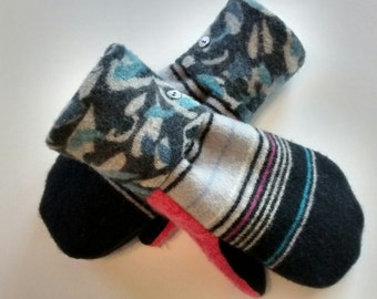 Blue Patterns and Pink, Etsy mittens, recycled sweaters, women's mittens, fleece lined mittens, felted wool mittens, etsy sweater mittens