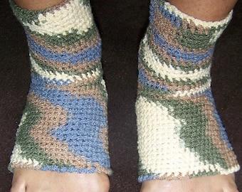 Crochet Yoga Socks Pattern PDF, Easy Crochet Pattern, Instant download, Easy Crochet Yoga Socks Pattern