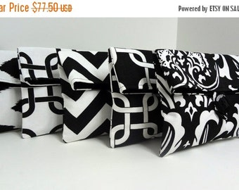 ON SALE 5 Bridesmaid Clutches - Black and White Wedding Clutches - Bridesmaid Gifts