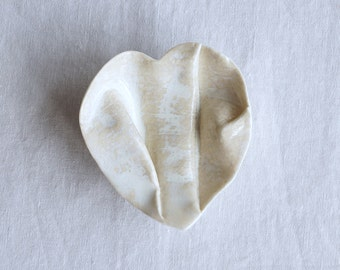 Jewellery bowl in gift box. GATHERED linen heart ring dish with button feet porcelain ceramic trinket dish bathroom bowl natural glaze