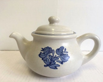 Vintage 70s Pfaltzgraff Yorktowne Mini Teapot with Lid 2 Cup