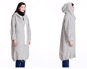 gray wool jacket patchwork jacket accumulation of the collar/In the long trench coat