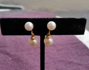 Vintage 1920's  14 kt. Gold  pearl earrings screw back