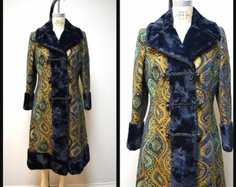 VTG 60s/70s HILLMOOR New York Multi Colored Tapestry Princess Dress Coat w Black Faux Fur Collar & Cuffs Size M
