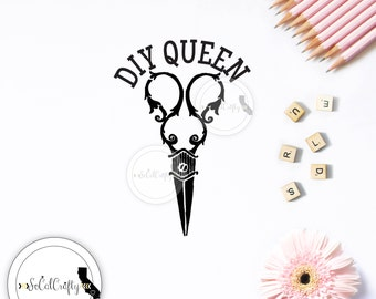 Vintage Scissors Vinyl Decal, DIY Queen Decal, Sewing Decal, Crafting Decal, Laptop Decal, Car Window Decal, ipad Decals, SoCalCrafty