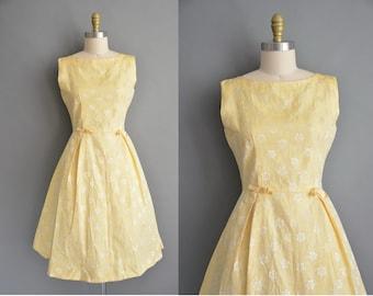 50s yellow floral vintage Tea Time dress / vintage 1950s dress