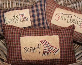 Primitive Ornies Bowl Fillers Stitchery Tucks Make Do Fall Autumn Halloween boots